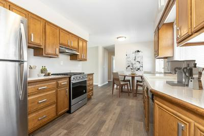 408 LAKE AVE, DOWNERS GROVE, IL 60515 - Photo 2