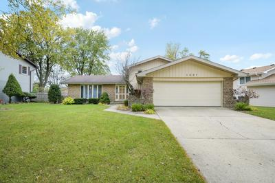 1021 COUNTRY DR, Shorewood, IL 60404 - Photo 2