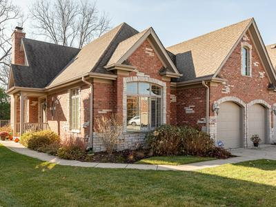2401 DURAND DR, Downers Grove, IL 60516 - Photo 2