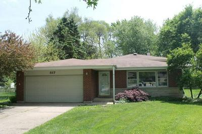 817 FOREST CT, BARTLETT, IL 60103 - Photo 1