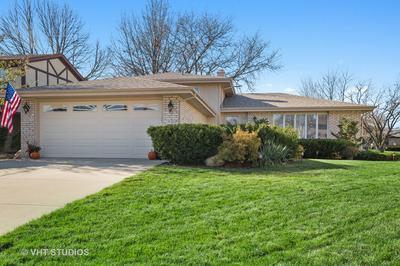 1124 N HONEY HILL RD, Addison, IL 60101 - Photo 1