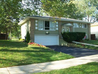623 LILAC WAY, Lombard, IL 60148 - Photo 2