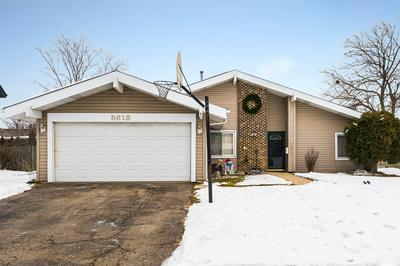 5813 E BEVERLY CIR, Hanover Park, IL 60133 - Photo 2