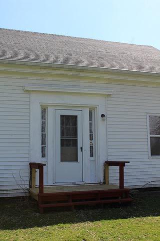609 EMERY ST, Prophetstown, IL 61277 - Photo 2
