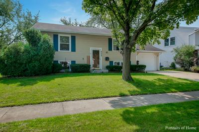 713 COUNTRY LN S, Roselle, IL 60172 - Photo 1