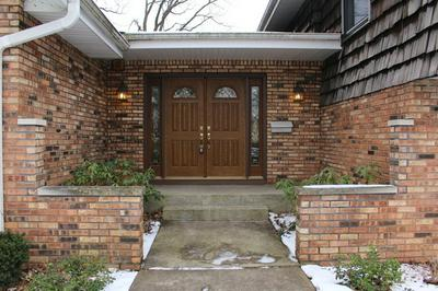 917 PUTNAM DR, LOCKPORT, IL 60441 - Photo 2
