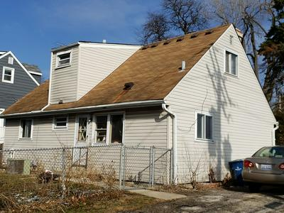 4248 LINDLEY ST, DOWNERS GROVE, IL 60515 - Photo 2