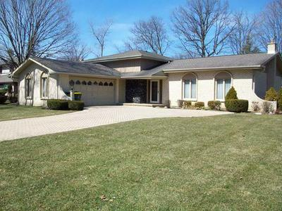 336 S EDGEWOOD AVE, WOOD DALE, IL 60191 - Photo 2