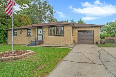 484 PARK AVE, Bradley, IL 60915 - Photo 1
