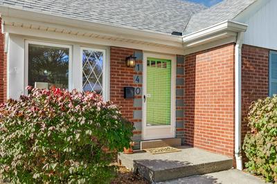 140 N MYRTLE AVE, Elmhurst, IL 60126 - Photo 2