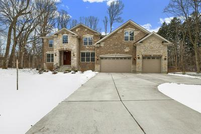 7 THORNFIELDS LN, LINCOLNSHIRE, IL 60069 - Photo 2