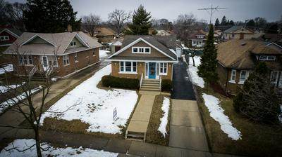 813 CLEMENT ST, Joliet, IL 60435 - Photo 2