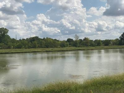 1721 KRAFT AVE, Batavia, IL 60510 - Photo 2