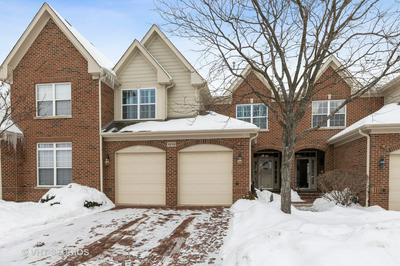 1010 HICKORY DR, Western Springs, IL 60558 - Photo 2