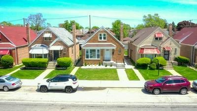 8139 S DAMEN AVE, Chicago, IL 60620 - Photo 2
