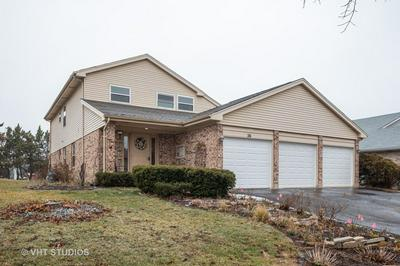 26 TERRY DR, ROSELLE, IL 60172 - Photo 1