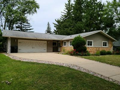 1360 GENTRY RD, Hoffman Estates, IL 60169 - Photo 1