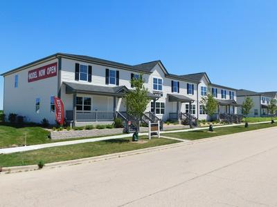 233 S LLANOS ST, CORTLAND, IL 60112 - Photo 1
