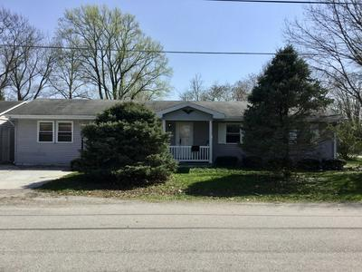 221 W ORCHARD ST, Atwood, IL 61913 - Photo 2