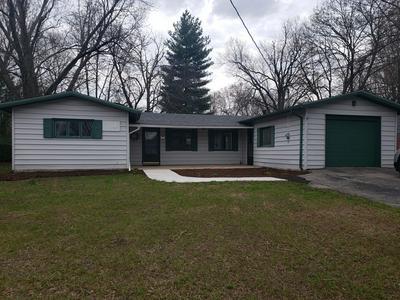 215 W MCKINLEY ST, Waterman, IL 60556 - Photo 1