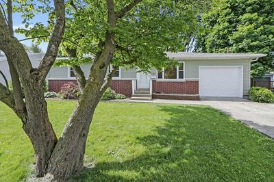 819 TIMMONS DR, Tuscola, IL 61953 - Photo 2