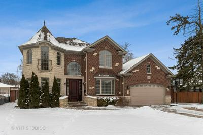2541 BEL AIR DR, GLENVIEW, IL 60025 - Photo 1