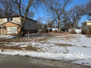 17307 FORESTWAY DR, East Hazel Crest, IL 60429 - Photo 1