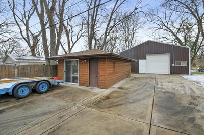 1811 LAKEWOOD DR, Wilmington, IL 60481 - Photo 2