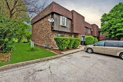 289 PARK TER # 289, South Chicago Heights, IL 60411 - Photo 2