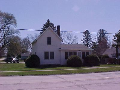 340 E MAIN ST, CAPRON, IL 61012 - Photo 1