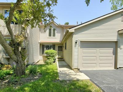 268 E FOREST KNOLL DR, Palatine, IL 60074 - Photo 1