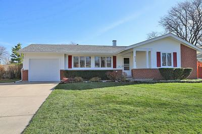 933 CEDAR LN, Elk Grove Village, IL 60007 - Photo 2