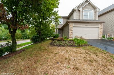 8001 SIERRA WOODS LN # 8001, Carpentersville, IL 60110 - Photo 1