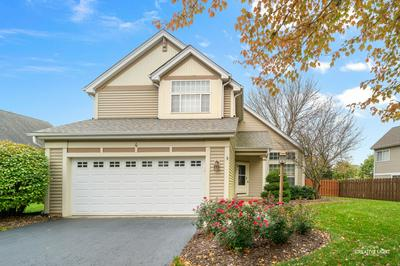 4 MIDDLEFIELD CT, Lake In The Hills, IL 60156 - Photo 1