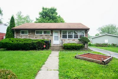 15525 MAPLE ST, SOUTH HOLLAND, IL 60473 - Photo 1