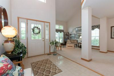 10555 WING POINTE DR, Huntley, IL 60142 - Photo 2