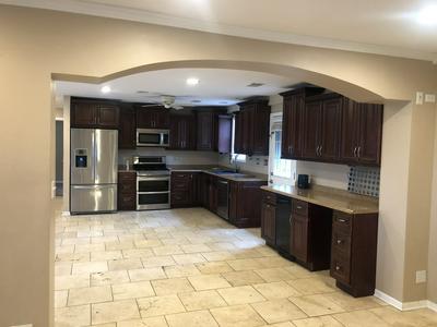 285 W THACKER ST, Hoffman Estates, IL 60169 - Photo 2