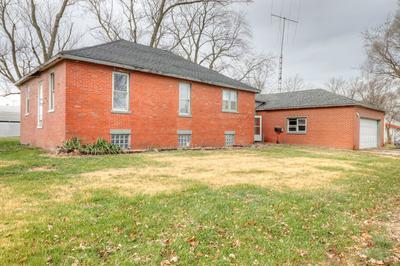 348 E WILSON ST, BEMENT, IL 61813 - Photo 2