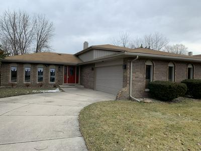 648 THORNWOOD DR, SOUTH HOLLAND, IL 60473 - Photo 1