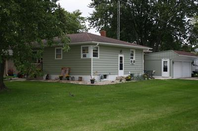 200 W NORTH ST, DWIGHT, IL 60420 - Photo 2