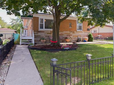 1411 BURNHAM AVE, Calumet City, IL 60409 - Photo 2