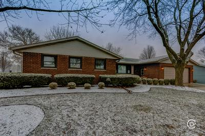 653 EMMERT DR, SYCAMORE, IL 60178 - Photo 2