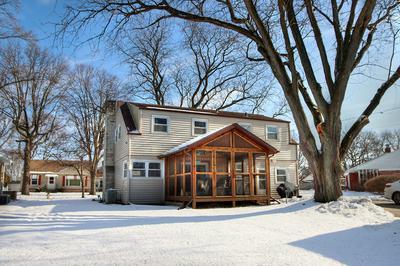 937 CHRISTIE ST, Ottawa, IL 61350 - Photo 2