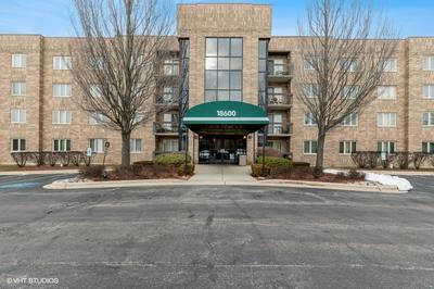 18600 VILLAGE WEST DR APT 408, Hazel Crest, IL 60429 - Photo 1