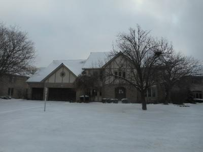 1592 EDGEWOOD CT, Bartlett, IL 60103 - Photo 1
