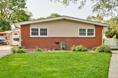 3915 GULL CT, Rolling Meadows, IL 60008 - Photo 2