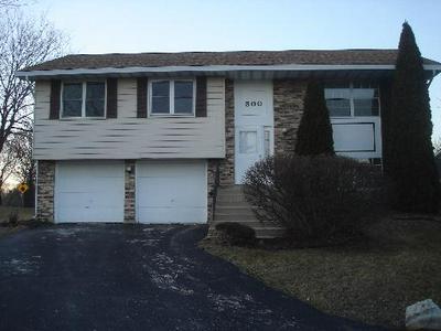 300 FERNWOOD CT, Westmont, IL 60559 - Photo 1