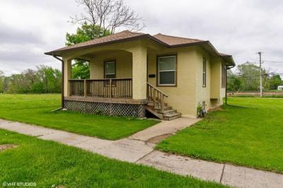 230 N COTTAGE AVE, Kankakee, IL 60901 - Photo 1