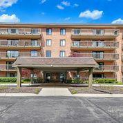 6443 CLARENDON HILLS RD # 100, Willowbrook, IL 60527 - Photo 1