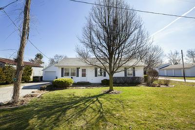 701 N CHERRY ST, Lexington, IL 61753 - Photo 2